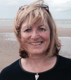 Dr Julie Wray